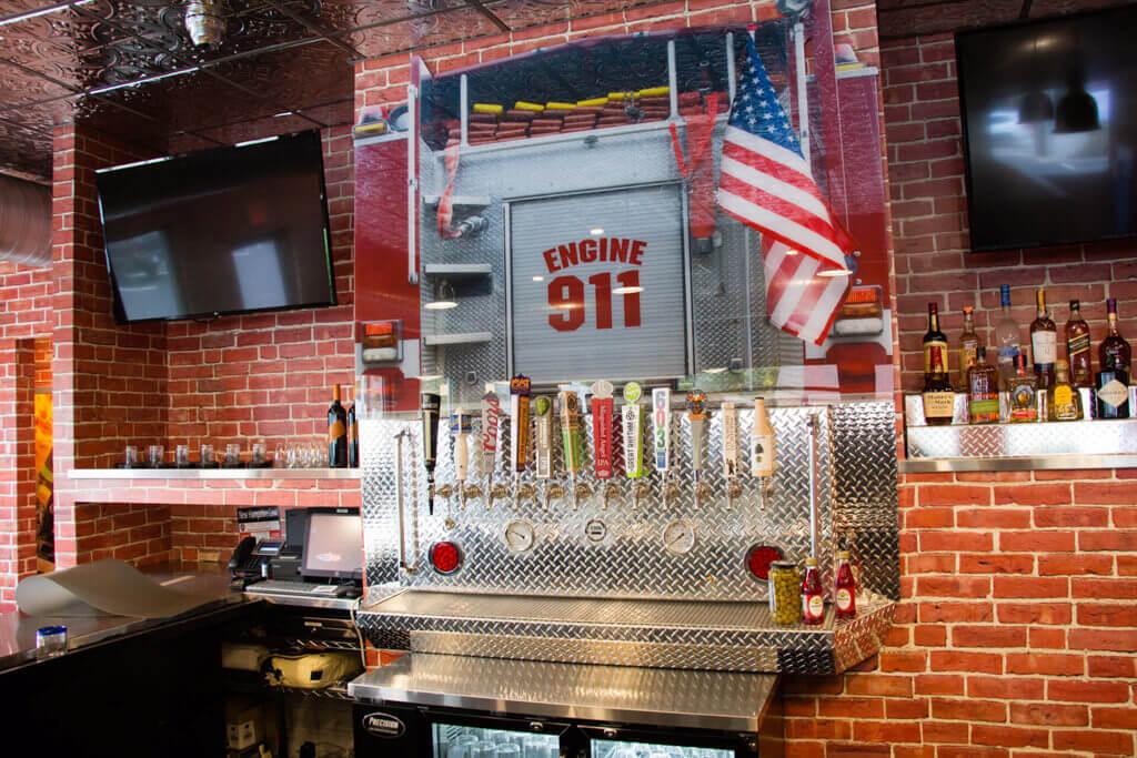 Precinct Pub - Pizza 911